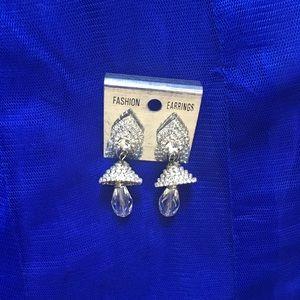 Jewelry - Fashion silver earrings